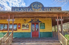 Laura Plantation Store